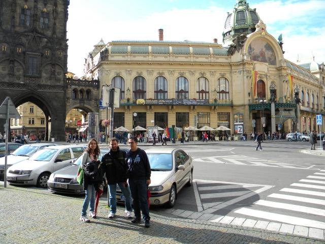 ready to walk in Prague
